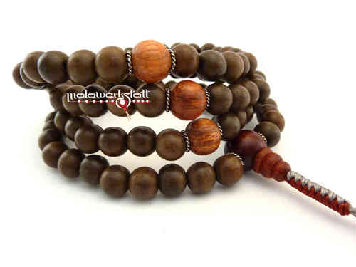 Greywood-Mala mit Parosa Kingwood